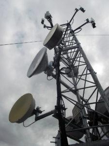 příhradový stožár, antenní stožár